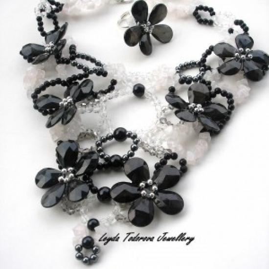 Leyda Todorova Jewellery in Bazarino