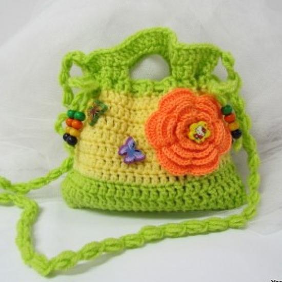 Yarn Ball Knitting in Bazarino