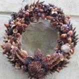 Декоративен венец от естествени материали!