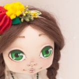 Кукла Маги с народна носия