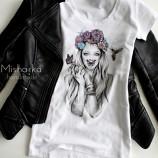 Ръчно рисувана дамска тениска MISHARKA арт.N096