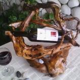 Идеалния подарак-стойки за вино