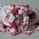 Романтична плетена гривна на една кука