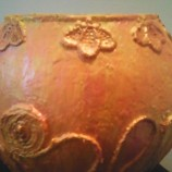 Кръгла ваза в златно-розово