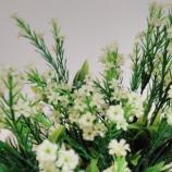 Изкуствени клончета с цветчета