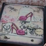 Кутия за бижута с оггледало