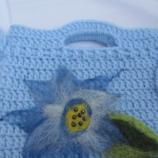 Плетена детска чантичка с филц и муниста