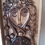 Часовници с дърворезба
