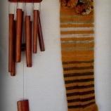 Дълги ръчно плетени чорапи