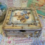 Кутия за бижута с огледало Бунгало