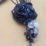 Колие Черна роза