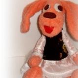 Оранжево кученце-момиченце