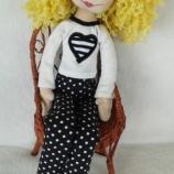 Кукла Ева с цвете