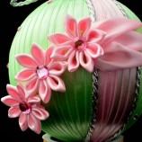 Коледна топка с цветя