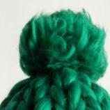 Шапка с гигантски помпон, едро плетиво