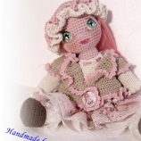 Малка принцеса в розово