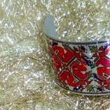 buy Сребриста гривна с мотиви от шевица