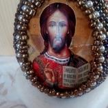 Великденско яйце с икона на Иисус Христос