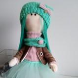Текстилна интериорна кукла Синевласка