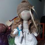 Текстилна интериорна кукла