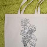 Ръчно рисувана чанта - риба