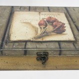 Кутия за чай Книга с лалета
