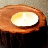 Малък дървен свещник с 1 чаена свещ