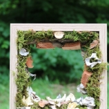 Декорация с мъх и сухи цветя