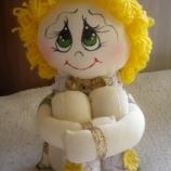 Седяща кукла Калина