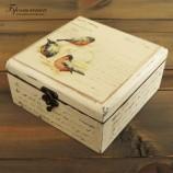 Дървена кутия Пиленца и кракле