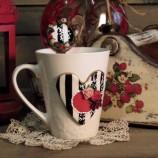 Комплект декорирани чаша и лъжица