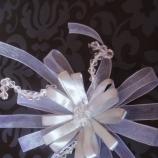 Сватбени бутониери за ревер от хартиени цветя