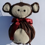 Мики - маймунка за съхраняване на пластмасови торбички