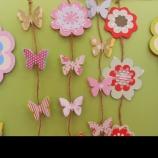 Украса с цветя и пеперуди