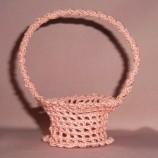 Ръчно изплетени на една игла подаръчни кошнички за сватба