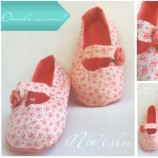 Coral baby shoes