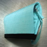 Dawn - елегантна тюркоазеносиня клъч чанта