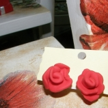 обици-рози