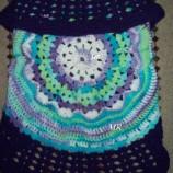 Оригинален плетен на една кука детски елек