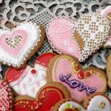 Ръчно рисувани със захар меденки за Свети Валентин