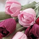 хартиени лалета в розово-червена гама