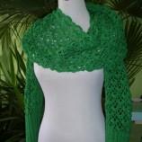 Дълъг зелен шал с ръкави
