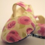 Baby shoes Flowers